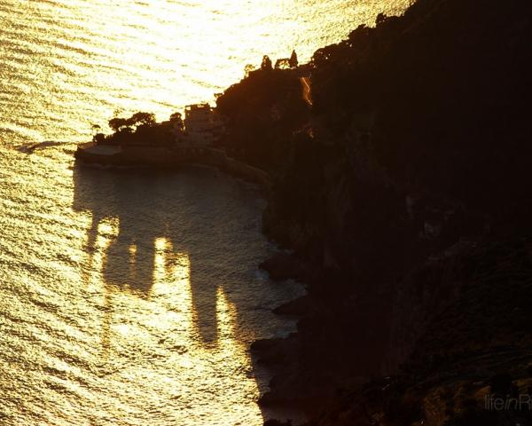 Evening shadows steal the Hôtel Cap Estel