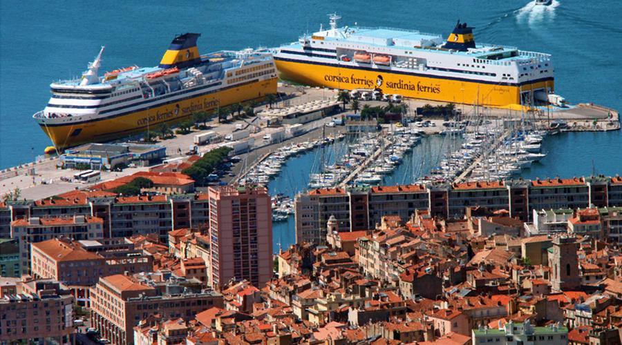 Toulon port - Corsica Ferries / Sardignia Ferries